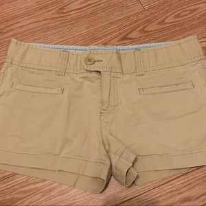 American Eagle khaki button shorts